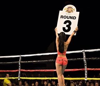 Round 3. *Ding*